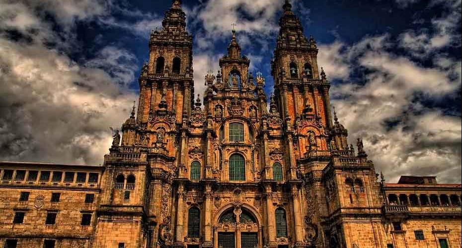 catedral-santiago-de-compostela-frente-2-930x500